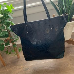 kate spade Bags - Kate Spade patent leather logo embossed tote bag